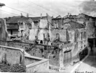 sez_IV_Cividale_Case distrutte dai bombardamenti aerei_(Archivio privato A. Francovig)